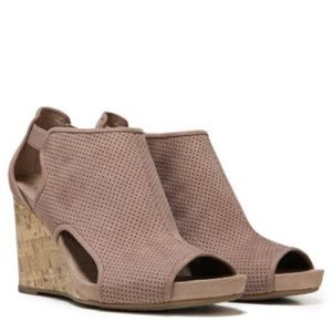 Life Stride Hinx sandal 3 inch comfort wedge